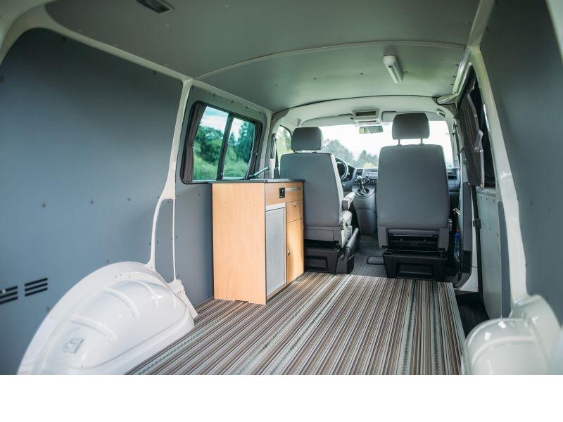 seitenverkleidungen f r vw t5 transporter kurzer radstand. Black Bedroom Furniture Sets. Home Design Ideas